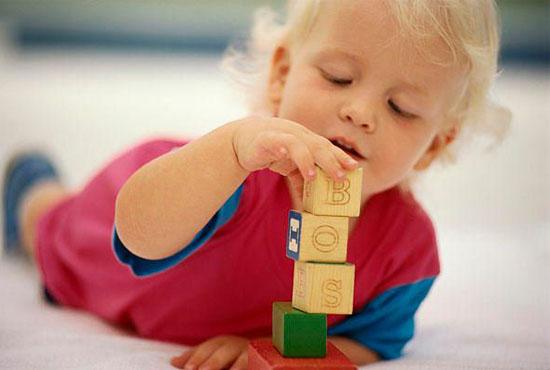 Ποια παιχνίδια χρειάζεται το παιδί σε κάθε ηλικία;
