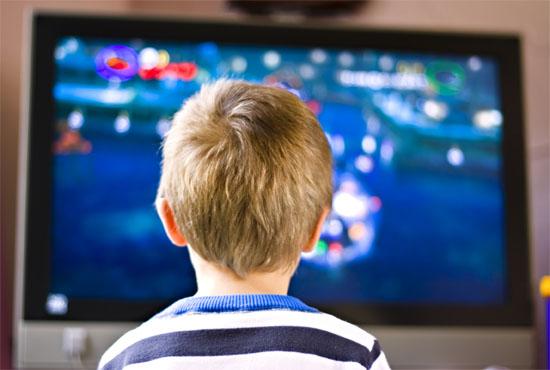 Η επιρροή της τηλεόρασης στα μικρά παιδιά