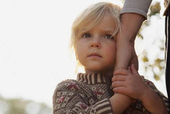 Παιδί και άγχος αποχωρισμού: Αιτιολογία, συμπτώματα, αντιμετώπιση