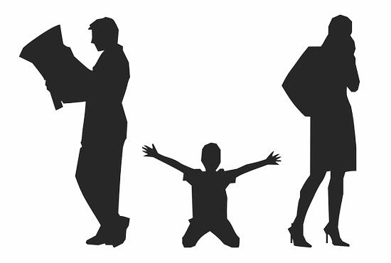 Διαζύγιο και παιδιά στην εφηβεία. Ποιοι παράγοντες επηρεάζουν τις αντιδράσεις των εφήβων;
