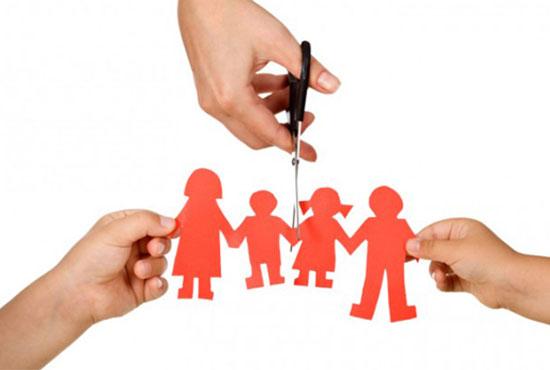 Τα παιδιά αντιμέτωπα με το διαζύγιο: Πως το ανακοινώνουμε και η ζωή μετά