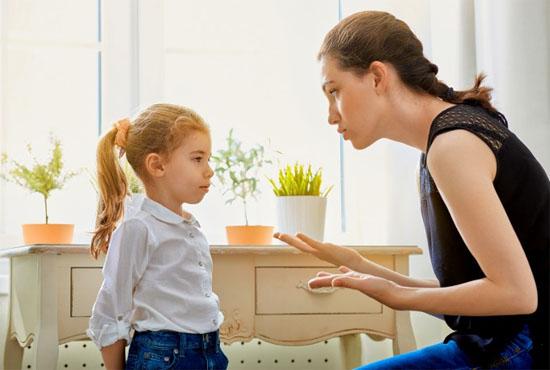 Πρέπει να συμπεριφερόμαστε στα παιδιά ισότιμα με τους ενήλικες;